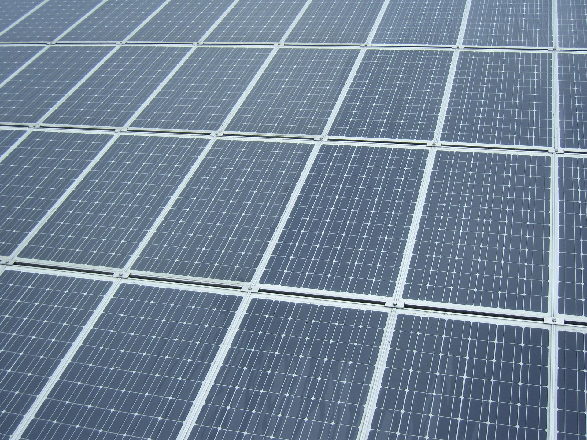 photovoltaik selber bauen solarstrom und solarzellen kosten wirtschaftlichkeit photovoltaik. Black Bedroom Furniture Sets. Home Design Ideas